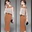 ชุดเดรสยาว ผ้าโพลีเอสเตอร์ผสม สีน้ำตาล ตัวเสื้อด้านนอกและแขนเสื้อเป็นผ้าลูกไม้สีขาว thumbnail 4