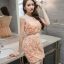 ชุดเดรสสวยๆ ตัวเสื้อผ้ารูปดอกกุหลาบสามมิติ ลายนูนออกมาจากตัวชุดสีโอรส thumbnail 3