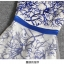 ชุดเดรสยาว ตัวชุดเป็นผ้าโปร่งสีขาวครีม 2 ชั้น ชั้นนอกปักเดินเส้นด้ายสีน้ำเงิน ซับในด้วยผ้าซาตินสีขาวทั้งตัว thumbnail 11