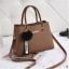 พร้อมส่ง กระเป๋าถือและสะพายข้างผู้หญิง แฟชั่นเกาหลี รหัส KO-802-สีกากี 1 ใบ *แถมจี้ป๋อม thumbnail 1