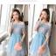 ชุดเดรสออกงาน ตัวเสื้อผ้าลูกไม้ ลายดอกไม้สีชมพู ซับในด้วยผ้าสีฟ้า ไหล่ป้าน thumbnail 3
