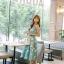 ชุดเดรสเกาหลี ผ้าซาตินเนื้อนิ่ม เงาสวย แขนกุด พื้นสีเขียว พิมพ์ลายดอกไม้โทนสีขาว เดรสเข้ารูปช่วงเอว thumbnail 7