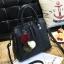 Pre-order กระเป๋าผู้หญิงถือและสะพายข้างแฟชั่นสไตล์เกาหลี เย็บลายเรขาคณิต รหัส KO-696 สีดำ *แถมปอม 3 สี thumbnail 2