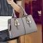 Pre-order กระเป๋าผู้หญิงถือลาย แต่งเข็มขัด กระเป๋าผู้ใหญ่ถือออกงาน ถือทำงาน รหัส Yi-2093 สีเทา thumbnail 1