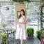 ชุดเดรสเกาหลี ผ้าซาตินเนื้อนิ่ม เงาสวย แขนกุด พื้นสีขาว พิมพ์ลายดอกไม้โทนสีขาว เดรสเข้ารูปช่วงเอว thumbnail 10