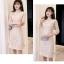 ชุดเดรสสวยๆ คอจีน ตัวชุดผ้าโปร่งเนื้อละเอียดสีครีม ตัวผ้าเดินเส้นผ้าริบบิ้นสีครีมโค้งหยักตามแบบ thumbnail 6