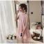 ชุดเดรสไปงาน ตัวชุดด้านนอกเป็นผ้าโปร่งปักด้ายสีชมพู ลวดลายตามแบบ thumbnail 4
