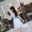 ชุดราตรีสั้น ตัวเสื้อผ้าลูกไม้ปักลายดอกไม้สีฟ้า ใบไม้สีเทา งานปักสวยมากๆ thumbnail 5