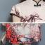 ชุดเดรสคอจีน ผ้าไหมเนื้อเงาสีครีม พิมพ์ลายตามแบบ เดรสทรงตรง แหวกที่ชายกระโปรงด้านข้างทั้ง 2 ข้าง thumbnail 8