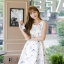 ชุดเดรสเกาหลี ผ้าซาตินเนื้อนิ่ม เงาสวย แขนกุด พื้นสีขาว พิมพ์ลายดอกไม้โทนสีขาว เดรสเข้ารูปช่วงเอว thumbnail 1