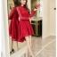 ชุดเดรสสีแดง ผ้าลูกไม้เนื้อดีสีแดง เนื้อนิ่ม ผ้ายืดหยุ่นได้ดี แขนยาว ดีไซน์เก๋ กระโปรงด้านหน้าสั้น ด้านหลังยาว thumbnail 7