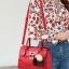 พร้อมส่ง กระเป๋าถือสตรีและสะพายข้าง แฟชั่นเกาหลี รหัส KO-1703 สีไวน์แดง 1 ใบ*แถมป๋อม 3 สี thumbnail 1