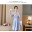 ชุดเดรสสวยๆ ตัวเสื้อผ้าลูกไม้ลายดอกไม้สีชมพู ซับในด้วยผ้าสีฟ้า แขนยาว คอวี ไหล่ป้าน thumbnail 8