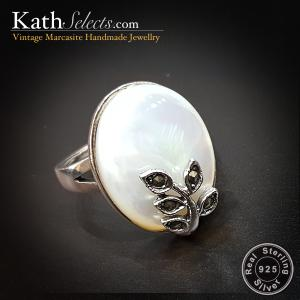 Pearl & Olive Leaf Marcasite Silver Ring (สัญลักษณ์ชัยชนะ)