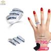 แหวนเพชรcz ประดับเพชร CZ แหวนลายเกลียว ประดับเพชรกลมขาวสลับเพชรกลมน้ำเงิน มีประกายระยิบระยับ แวววาว ดูหรูหรา ก้านแหวนเรียวเล็ก สวมใส่สบาย