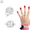 แหวนทองคำขาว ประดับเพชร CZ แหวนทรงดอกไม้ ดีไซน์สวยเพิ่มความโดดเด่นให้กับเรียวนิ้ว ให้ลุคของคุณดูสง่า