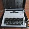 พิมพ์ดีดตั้งโต๊ะOlympia Carina2