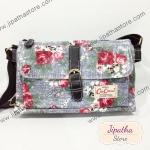 กระเป๋าสะพาย Chalita wu ทรงแบนขาดเข็ดขัด สีเทา ลายดอกไม้