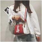 กระเป๋าถือ + สะพายข้าง LV SUPREME สีแดง