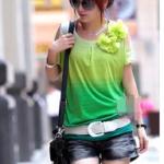 เสื้อยีดแฟชั่น โดดเด่นด้วยสีสันเสื้อยืด พร้อมโบว์ประดับ(สินค้าหมดชั่วคราว)