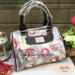 กระเป๋า Chalita wu + สายสะพาย สีเทา ลายดอกไม้