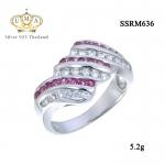 แหวนเงิน ประดับเพชร CZ แหวนลายเกลียว ประดับเพชรกลมขาวสลับเพชรกลมชมพู มีประกายระยิบระยับ แวววาว ดูหรูหรา ก้านแหวนเรียวเล็ก สวมใส่สบาย