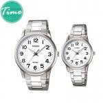 นาฬิกาคู่ชายหญิง นาฬิกาข้อมือ คู่ ชายและหญิง นาฬิกาข้อมือคู่ (Pair Watch) Couple Watches Set นาฬิกาคู่ ยี่ห้อ CASIO เรือนเงิน หน้าปัดขาว รุ่น 1303D-7B