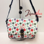 กระเป๋าสะพาย Chalita wu สีขาว ลายดอกไม้