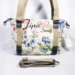 กระเป๋า Chalita wu + สะพาย สีครีม ลายดอกไม้