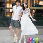 ชุดคู่ เสื้อคู่ เสื้อคู่รัก ชุดพรีเวดดิ้ง ชุดคู่รัก เสื้อคู่รักเกาหลี เสื้อผ้าแฟชั่น ผู้ชาย เป็นเสื้อคอกลม ผ่ากลาง  ผ้าหนา เนื้อนิ่ม สวยมากคะ ผู้หญิง เป็นแมกซี่เดรสแขนสั้น สีขาว ประดับเลืื่อมที่คอเสื้อ สวยงามมากๆคะ