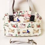กระเป๋า Chalita wu + สะพาย สีขาว ลายเวสป้า