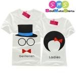 เสื้อคู่ เสื้อคู่รัก ชุดคู่รัก เสื้อยืดคู่รัก ผลิตจากผ้า cotton 100% ผู้ชาย +ผู้หญิง เสื้อยืดขาว สกรีนลายการ์ตูนผู้ชายใส่หมวก ผู้หญิงผูกโบว์