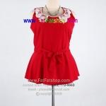 fa008-44-เสื้อไซส์สาวอวบ ผ้าหางกระรอก สีแดง แต่งลูกไม้ช่วงคอ ช่วงเอวผูกโบว์ ช่วงชายระบายนิดๆค่ะ รอบอก 44 นิ้ว
