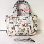 กระเป๋าถือ+สะพาย ทรงกระโปรง Chalita wu สีขาว ลายรถเวสป้า