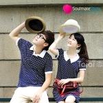 เสื้อคู่ เสื้อคู่รัก ชุดคู่รัก เสื้อคู่รักเกาหลี เสื้อผ้าแฟชั่น ผู้ชาย เสื้อยืดคอปก สีน้ำเงินลายจุดสีขาว + ผู้หญิง เดรสแขนสั้น คอบัวสีน้ำเงินลายจุดสีขาว เป็นชุดคู่ที่ดูน่ารักมากๆ เลยนะค่ะ ใส่ไปเที่ยว ดูหนัง จับแมทกับหมวกและผ้าใบเก๋ๆ ดูหวานแหว๋วสดใส