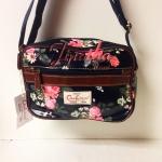 กระเป๋าสะพาย Chalita wu สีดำ ลายดอกไม้