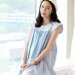 เสื้อคลุมท้องแฟชั่นเกาหลี สีฟ้าผ้านิ่ม มีลูกไม้ประดับช่วงบนไหล่ ไหล่ปีกยก ดูแล้ว คลาสสิกมากๆคะ บริเวณอกเล่นลายด้วย เย็บรูด สำเนา