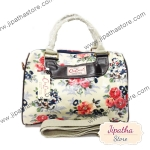 กระเป๋า Chalita wu + สายสะพาย สีครีม ลายดอกไม้