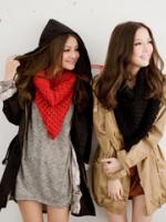 ผ้าพันคอไหมพรมสีแดง ( รหัส P187 )