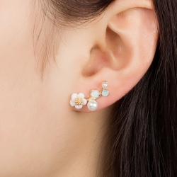 ต่างหู White Flower Pearl ER1233
