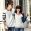 เสื้อคู่ เสื้อคู่รัก ชุดพรีเวดดิ้ง ชุดคู่รัก เสื้อคู่รักเกาหลี เสื้อผ้าแฟชั่น ผู้ชาย + ผู้หญิง เสื้อแขนยาวสีขาว ตัดด้วยแขนเสื้อลายฟ้าขาว ผลิตจากผ้าฝ้าย เนื้อนิ่ม หนา ใส่ สบาย งานจริงสวยๆมากค่ะ thumbnail 12