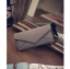 กระเป๋าสตางค์ทรงยาวลายหนังจระเข้ สีเทา thumbnail 8