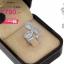 แหวนเพชร ประดับ เพชรCZ แหวนทรงหยดน้ำ 3 หยดฝังเพชรสี่เหลี่ยมล้อมรอบด้วยเพชรกลมขาว สวยหรูแปลกตาอลังการ เพิ่มลุคคลาสสิคที่ทันสมัย thumbnail 2