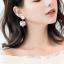 เลือกสีด้านในค่ะ ต่างหู Lux Velvet Heart Korea ER4512 thumbnail 2