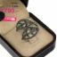 แหวนเงิน ประดับเพชร CZ แหวนฉลุโปร่งทรงใบไม้ ฝังเพชรกลมดำ แนวคลาสิค งานสวยเรียบหรู ใส่แล้วสวยจบในวงเดียว รับประกันไม่มีผิดหวัง thumbnail 2