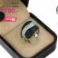 แหวนเงิน ประดับเพชร CZ ดีไซน์เก๋แปลกตา หน้าแหวนนูนใหญ่ ประดับเพชรกลมดำสลับเพชรกลมขาว วงนี้ จี๊ดมาก เรียบแต่มีดีไซน์สวย thumbnail 2