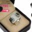 แหวนเงิน ประดับเพชร CZ แหวนทรงนูนฝังเพชรสีขาวหน้าแหวน ข้างบ่าสลับฝังเพชรสีดำ ดีไซน์หรูดูภูมิฐานใส่ได้ตลอดเวลา thumbnail 2